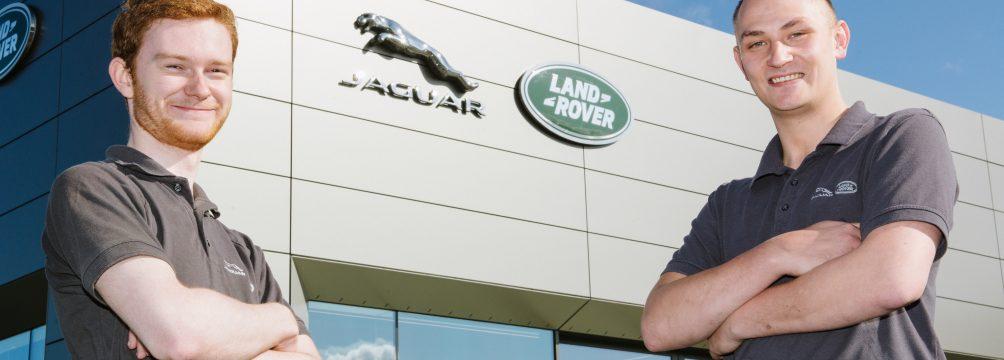 apprenticeships carrs jaguar 07 1004x360 - Carrs Jaguar Land Rover